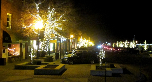 downtown truckee at night