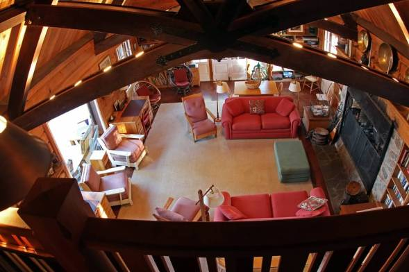 Schilling-lodge-txc-lake-Tahoe-rubicon-paradise-flat-pennoyer-interior-trusses-main-room-overview